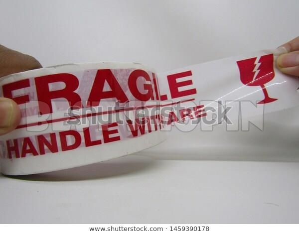 fragileRoll-02.jpg